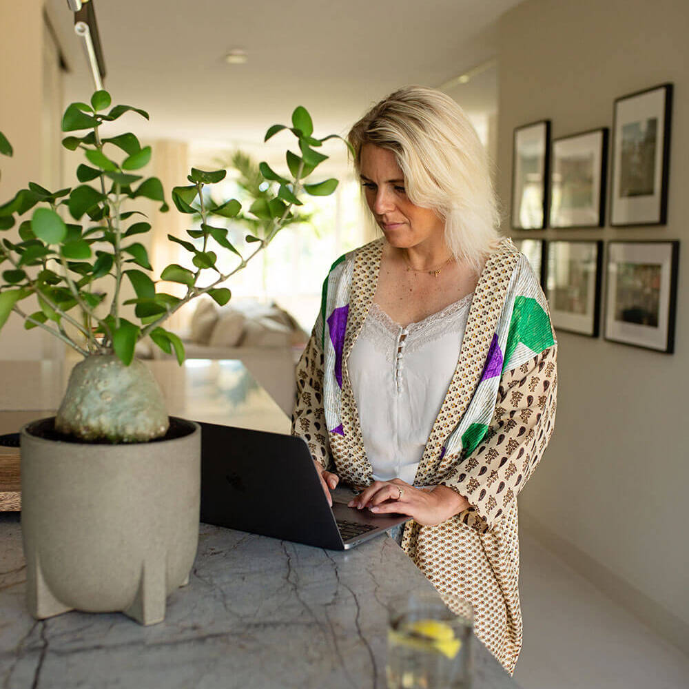 The-Garden-Store-Tuin-Interieur-Plantstyling-Tuinstyling-Esther-Biesot-binnen-buiten